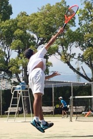 福永航大テニス